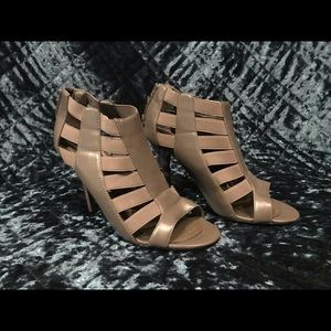 Taupe scrappy heels